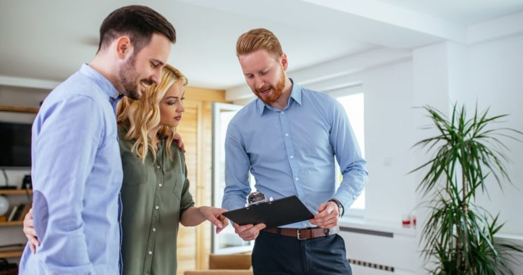 Top questions to ask your estate agent when selling your home